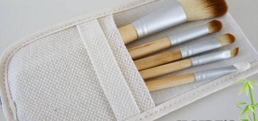 Les pinceaux manche bambou de chez Claire's ou l'achat compulsif