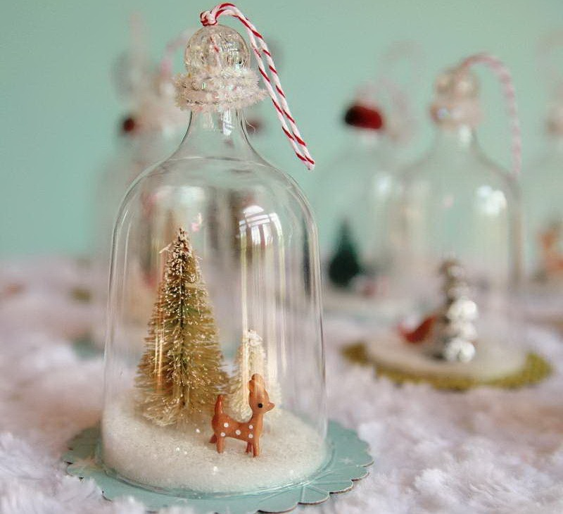 Retro-Christmas-Decorating-With-Glass-Jar