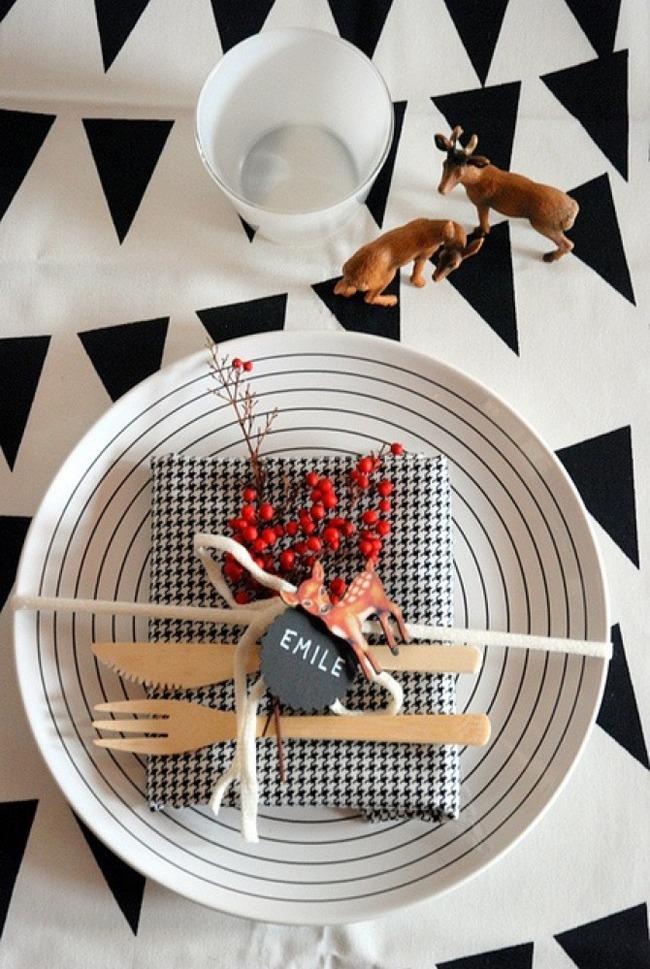 jolies assiettes pour une table de fête table de noel