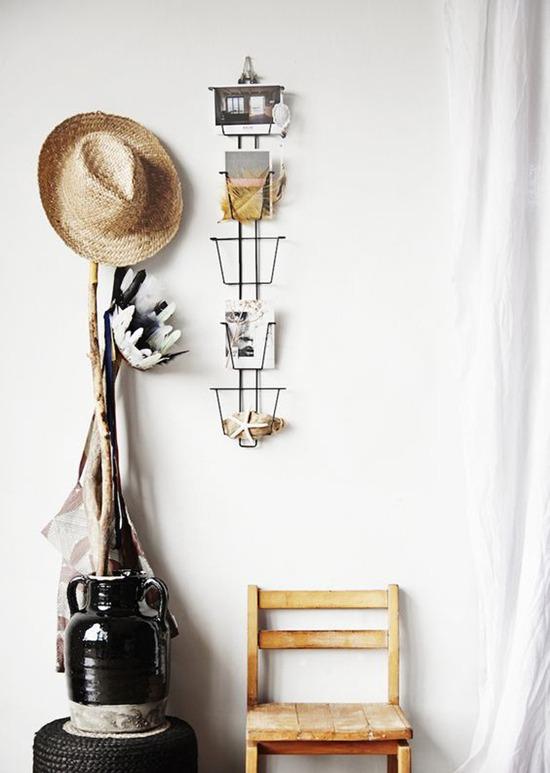l 39 objet de convoitise le pr sentoir cartes postales black confetti. Black Bedroom Furniture Sets. Home Design Ideas
