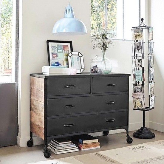 l 39 objet de convoitise le pr sentoir cartes postales black confetti. Black Bedroom Furniture Sets. Home Design Ideas
