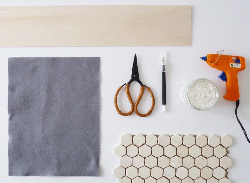 diy dessous de verre en carreaux de c ramique black confetti. Black Bedroom Furniture Sets. Home Design Ideas