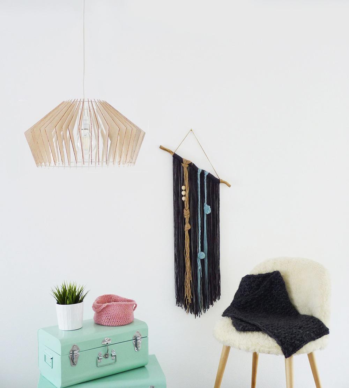 diy suspension design en balsa black confetti. Black Bedroom Furniture Sets. Home Design Ideas