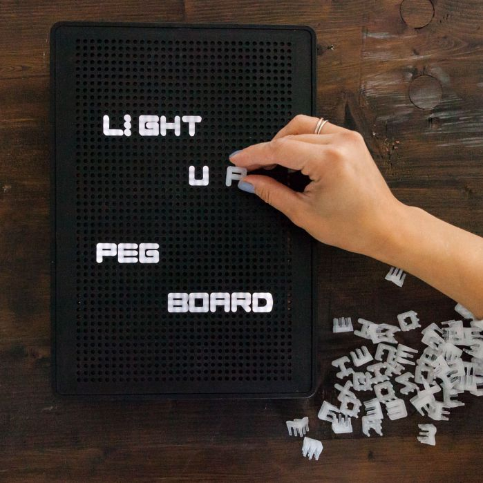 light_up_peg_board_2