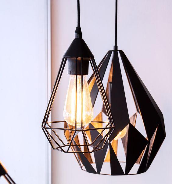 lampe metal ajouree